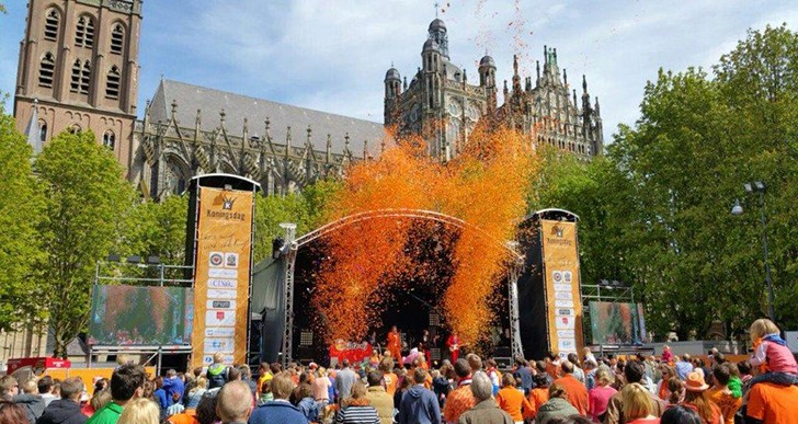 "Koningsdag 2016: ""Let's swing with the King!"""